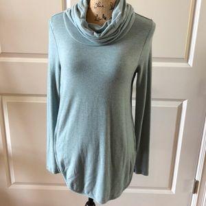 Lou & Grey cowl neck softblend sweatshirt in Small